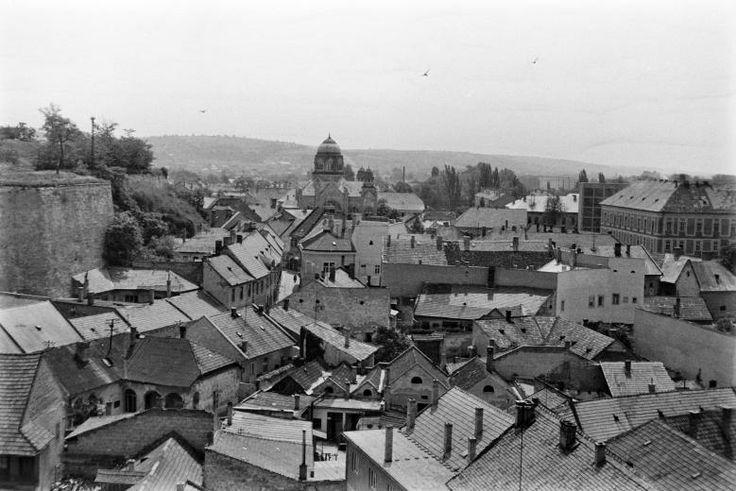 1965. Eger látkép