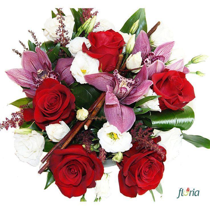 Dragoste nemarginita - un buchet care va exprima perfect dragostea fara limite pe care o porti pentru ea!  Acest buchet contine 5 trandafiri rosii, 3 orhidee cymbidium roz, 3 lisianthus albi si verdeata decorativa.