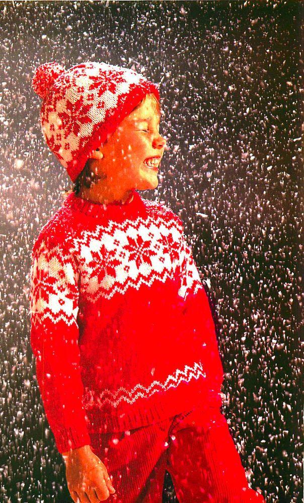 Vintage knitting pattern-christmas snowflake jumper,bobble hat-DK-free UKpostage