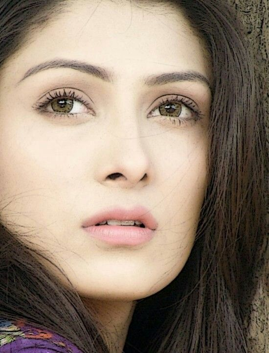 Natural beauty Aiza khan...