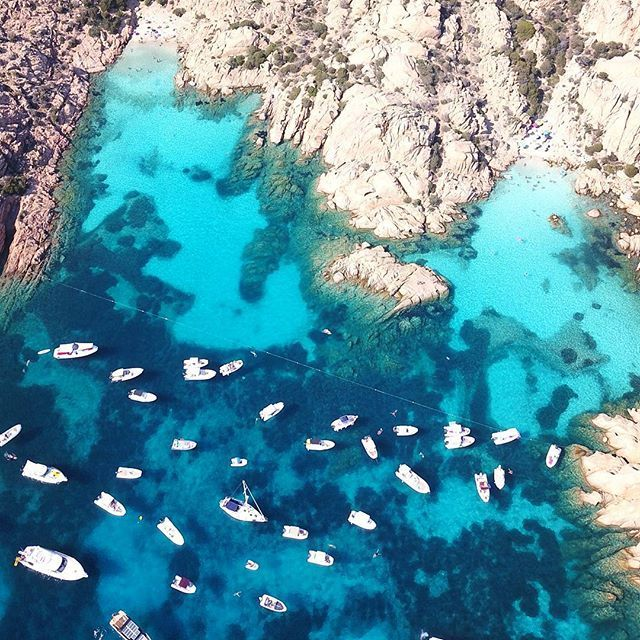 Flying over the beautiful Island of Caprera. I'm forever grateful for all the experiences and places I've been able to see these past months 🙈🌏🗺 📍Cala Coticcio…