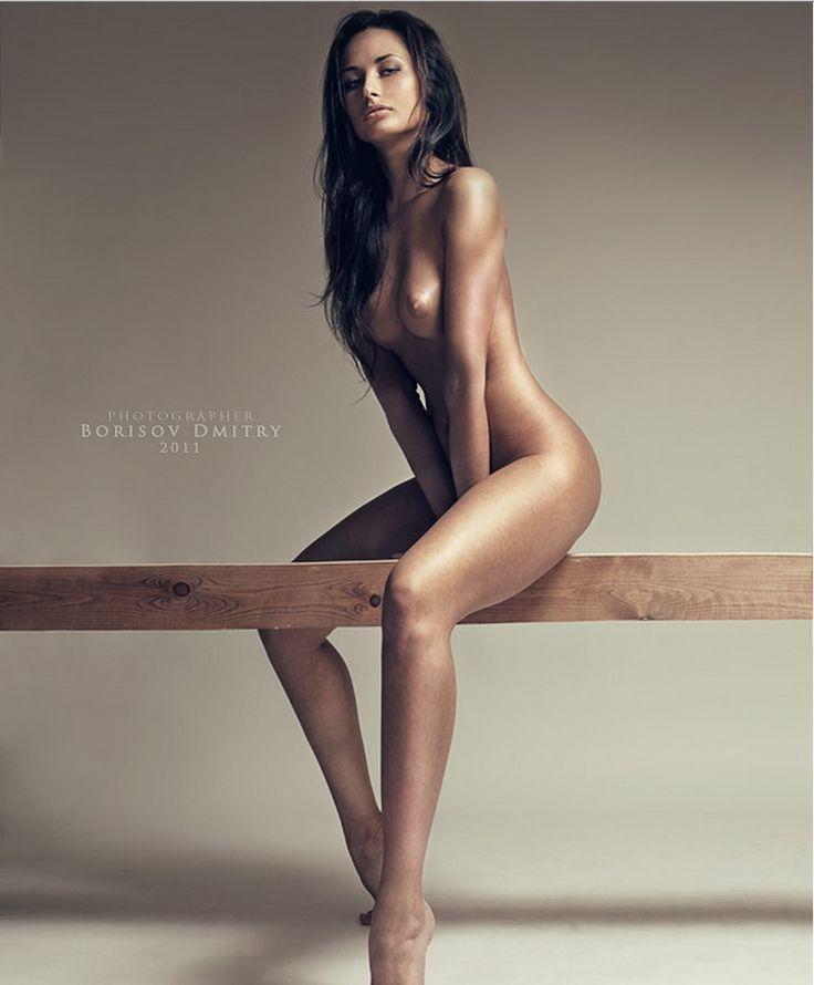 Woman photographer male nude