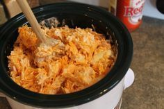 Crock pot Buffalo Chicken Dip Note: This was really easy and really good! I used fresh chicken instead of canned. Feeds about 8 people, makes 1/2 a crockpot. For bigger parties double the recipe