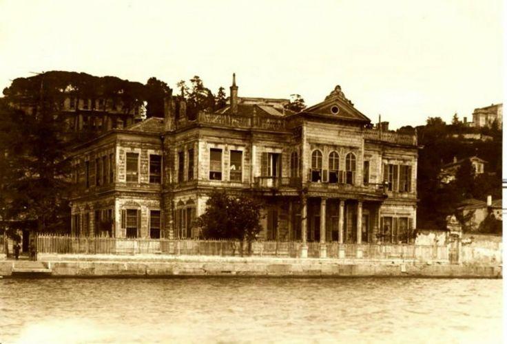 Ortaköy İnönü Erkek Yatılı Şehir Mektebi.