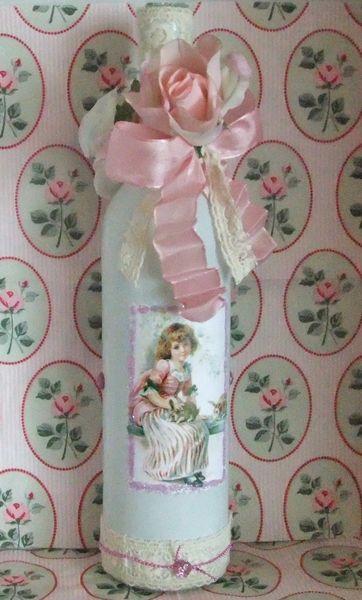 Dekoflasche/Vase Shabby Nostalgie von Monique-Marie auf DaWanda.com