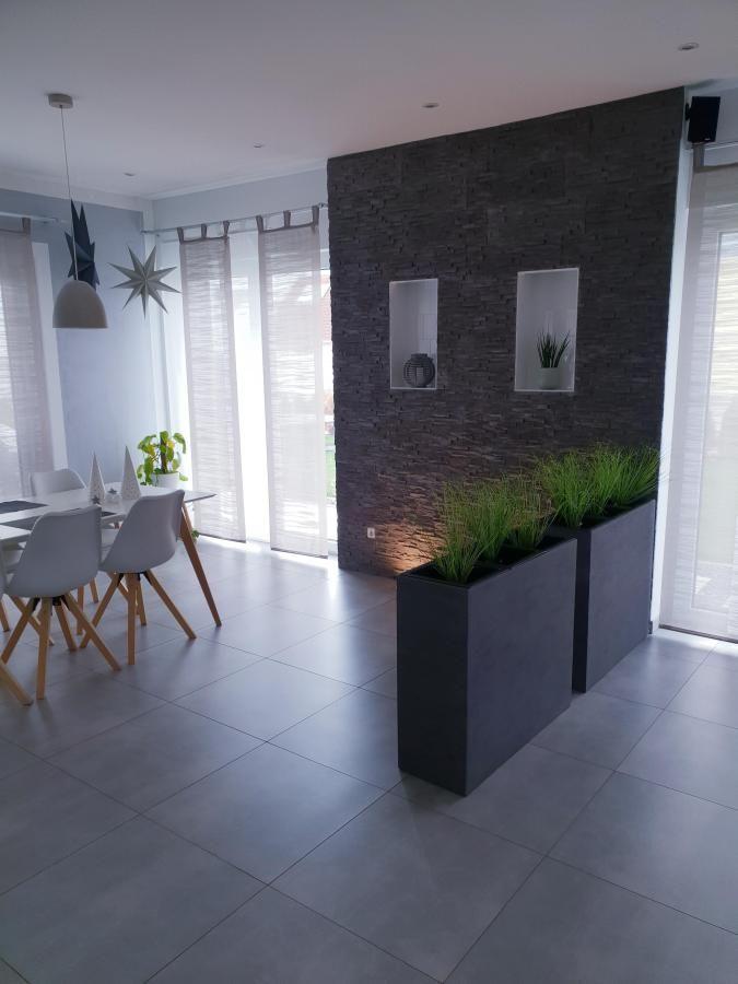 Pflanzraumteiler in grau    – Wohnen und Living
