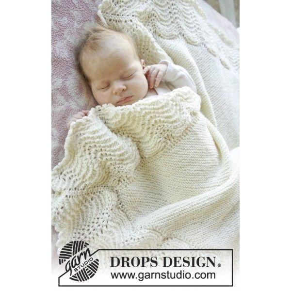 Mary babytæppe Strikkeopskriften til kronprinsesse Marys smukke strikket babytæppe stammer tilbage fra 1800-tallet. Kronprinsessen bar alle sine børn i det på vej hjem fra hospitalet, og siden er det strikket babystæppe blevet populært og elsket landet over. Da kronprinsparret