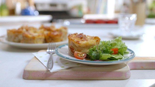Mini-lasagnes | Cuisine futée, parents pressés - le temps de cuisson suggéré ne m'a pas permis de faire dorer le.fromage alors...peut être 375 la.prochaine fois?
