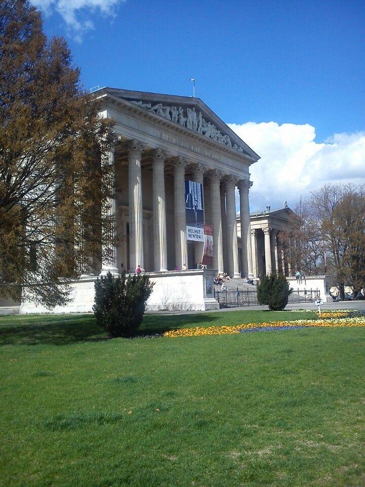 Szépművészeti Múzeum in Budapest, Budapest