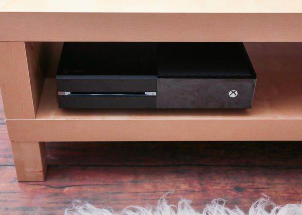 Xbox One in the living room: The dazzling, erratic everything box - CNET