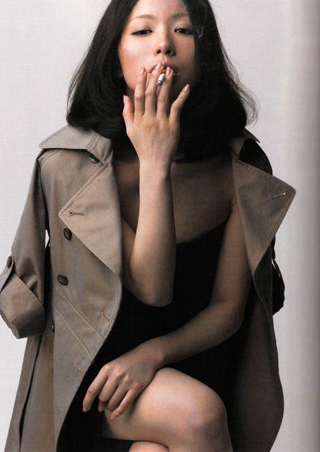 今月発売された「Switch」。  椎名林檎さん特集の今月号。  その名も、  「椎名林檎、その美しき帰還」。    スタイリスト杉山...