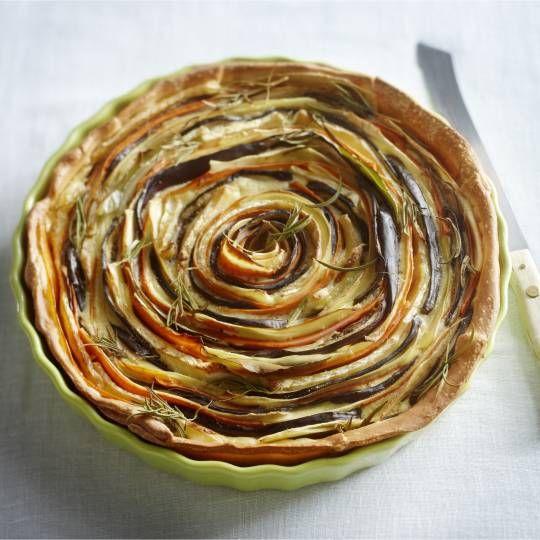 Recept - Spiraaltaart met wortel, pastinaak en aubergine - Boodschappenmagazine