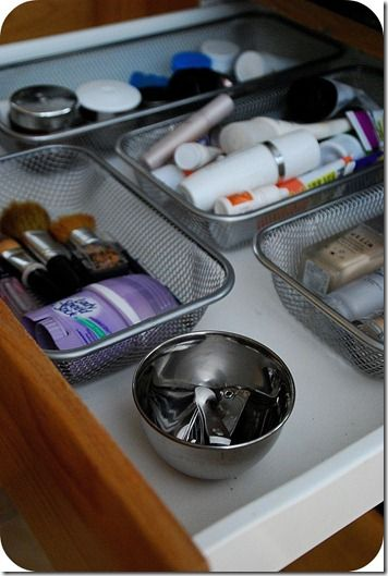 Drawer organization in 15 minutes. I need to do this for the junk drawer in my kitchen. After I posted this I got in my drawer for something & I thought, hey this  could also be done by just lining the drawer w/that non-slip grip on a roll! Maybe that would work too?