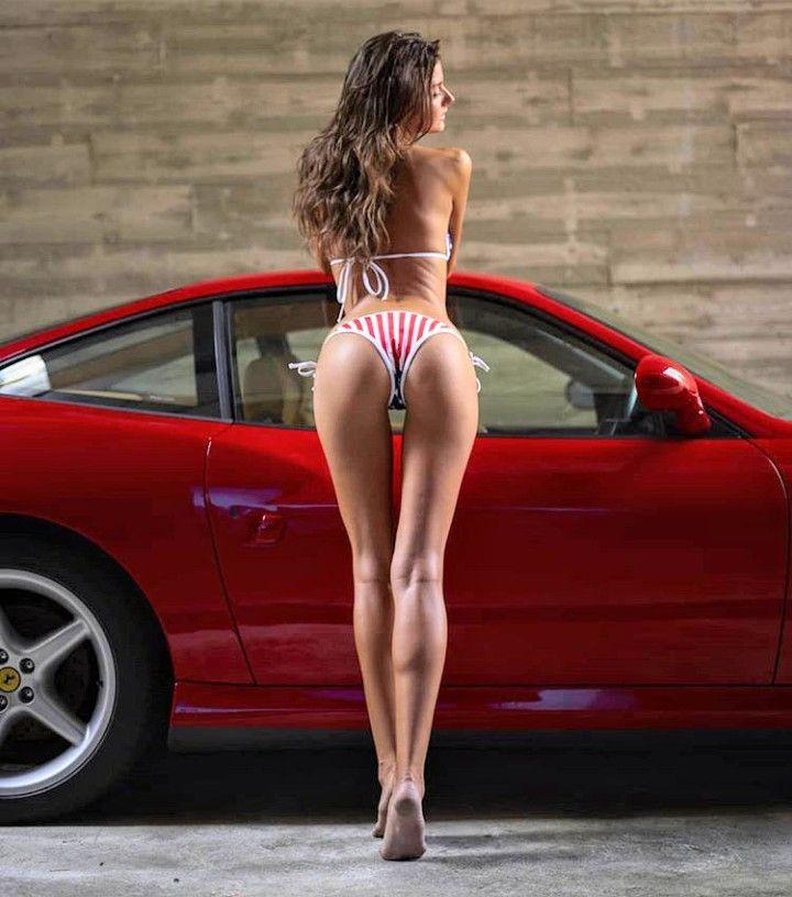 Ferrari & donne en 2020 | Chicas en autos, Coches deportivos, Autos