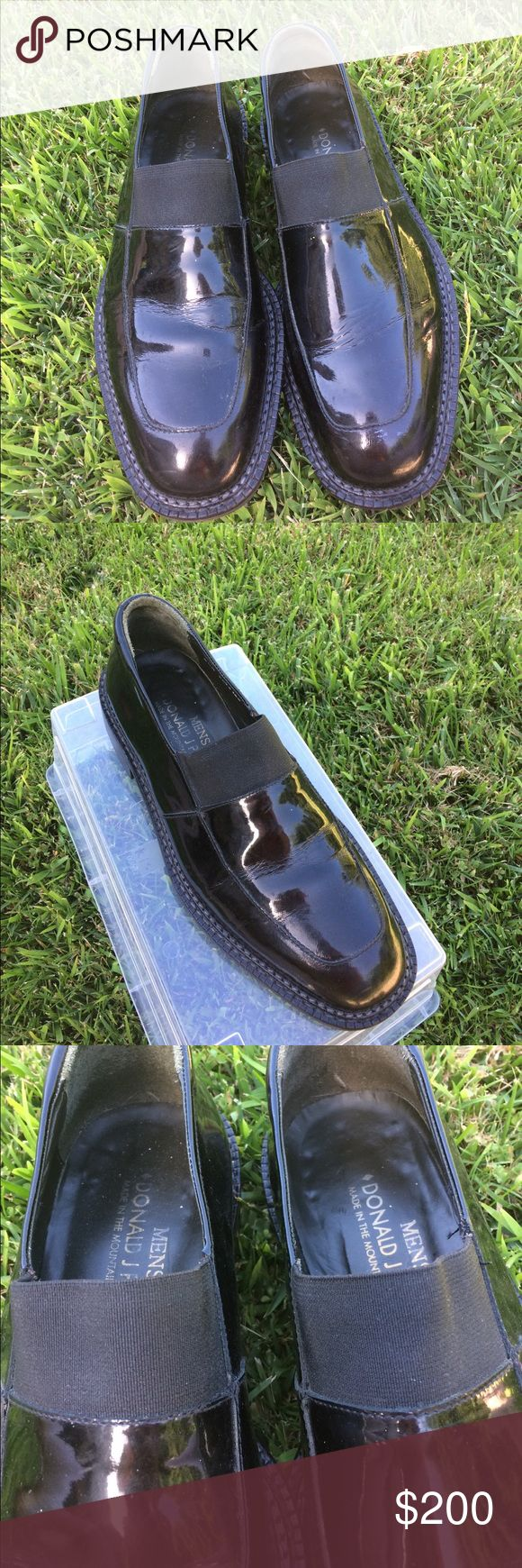 """DONALD J PLINER MENS SLIP ON LOAFERS! SZ 8.5  M -patent leather men's slip on loafers """"KATO"""" style- black elastic across top for comfy fit! - made in the mounts of Italy! They have been worn & have a few blemishes but have many more steps left in them!! Donald J. Pliner Shoes Loafers & Slip-Ons"""