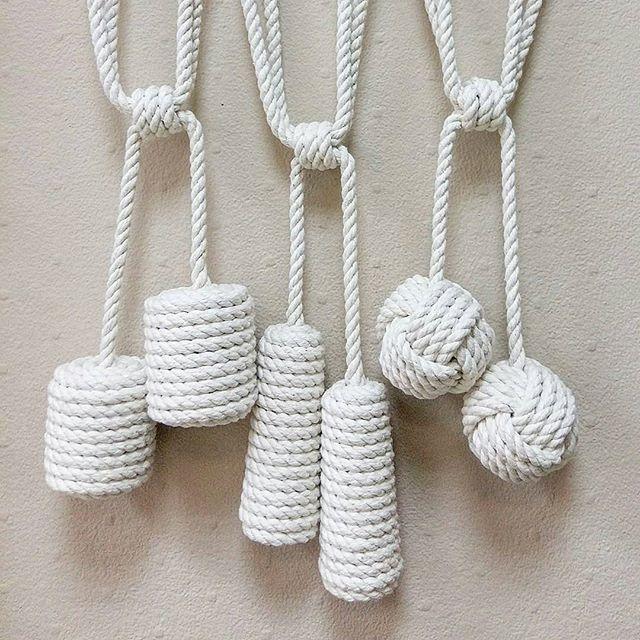 Автор: @textile_natalia_mart Подхваты для штор из шнура. Хлопок. Длина 80 см. Цена за штуку 1200 руб.