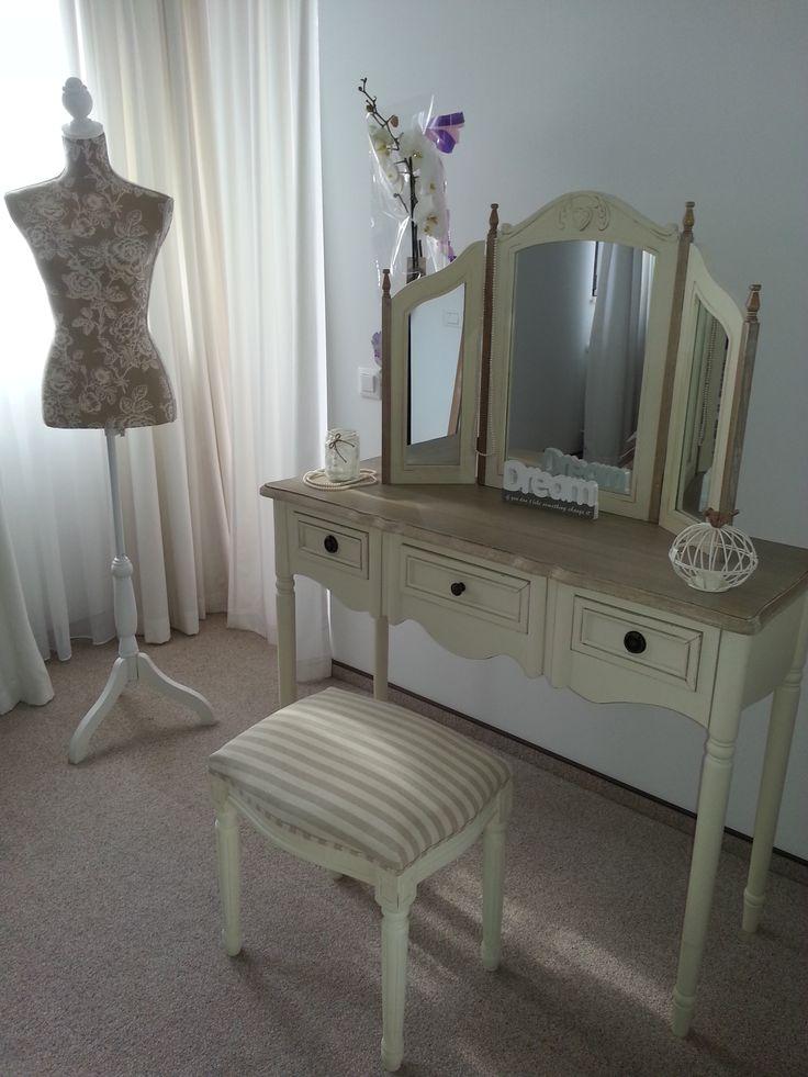 Decor pentru pregatirea miresei (Bride corner decorations)