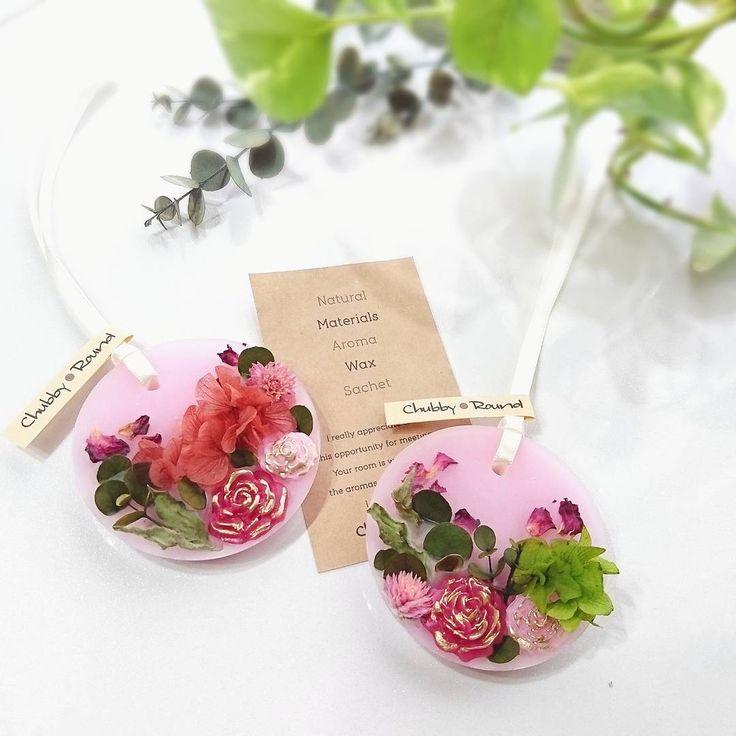 ピンクの紫陽花とグリーン紫陽花♡ #chubby_round #handmade#natural#materials…