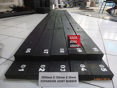 EXPANSION JOINT RUBBER 3000X300X30 (1)