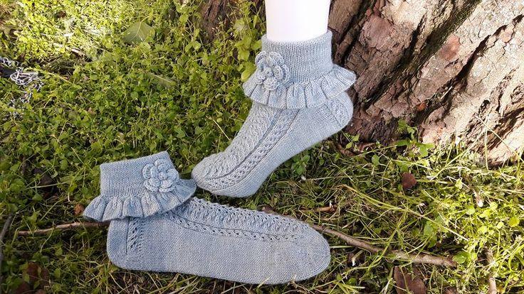 Frillasukka. Rufflesocks. Kesä <3 Own / Tuija Pelkonen design, no pattern. Yarn: Hand dye 4-ply merino-sowo by Birgit Reuter, color light jeans blue, needles no Zing 2,5.