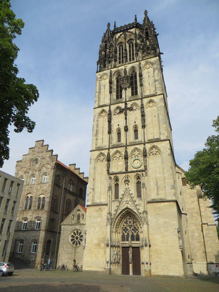 Façade de Überwasserkirche (XVe siècle), Überwasserkirchplatz, Münster, Rhénanie-du-Nord-Westphalie, Allemagne.