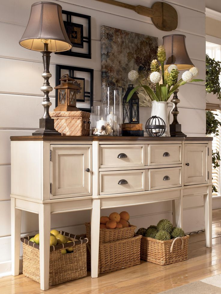 Whitesburg Two Tone Breakfront Dining Room Server By Signature Design Ashley