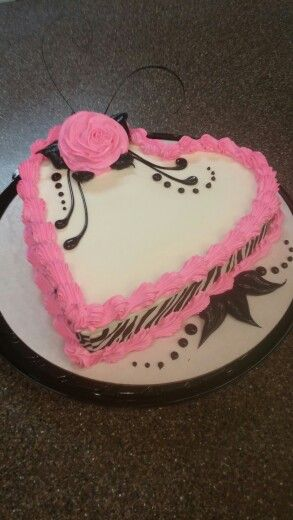 Dairy Queen Heart Cake by Mandy