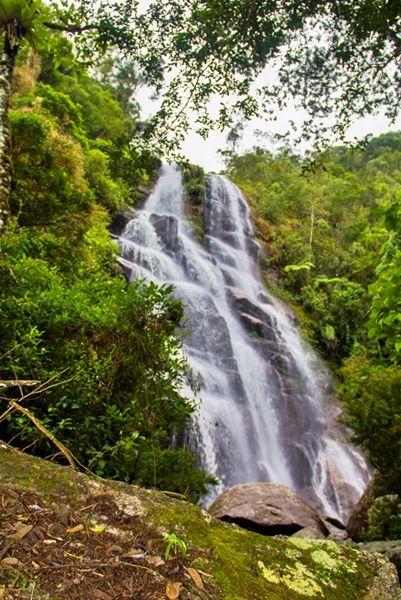 Cachoeira Véu da Noiva - Poções e Cachoeiras de Visconde de Mauá - Desviantes