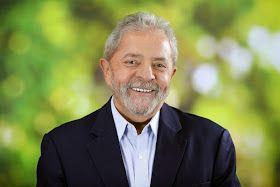 Os Amigos do Presidente Lula: Hoje é o dia do Lula. Feliz aniversário guerreiro