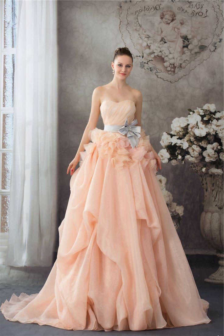 Hochzeitskleid prachtvoll romantisch Apricot Farbe