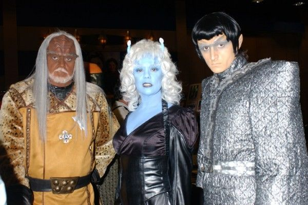 Star Trek Las Vegas To Reattempt The World Record Gathering Of Star Trek-Costumed People
