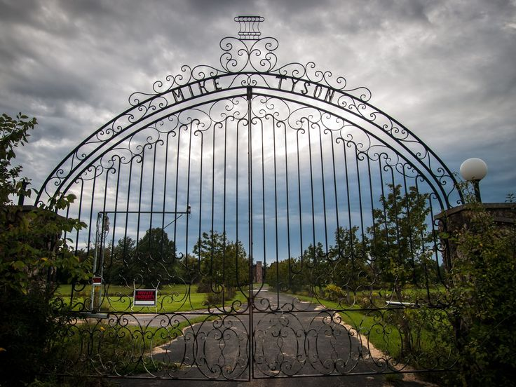 A look inside Mike Tyson's deserted Ohio mansion