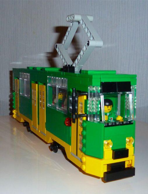 Model najpopularniejszego poznańskiego tramwaju Konstal 150Na ma szansę stać się oficjalnym zestawem klocków LEGO! Jego autorem jest mieszkaniec Poznania, Mateusz Wawrowski. Na pracę można zagłosować tutaj: http://lego.cuusoo.com/ideas/view/52880
