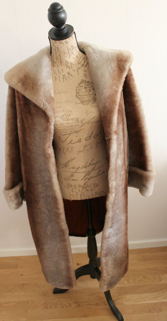 Vintage 1950s heavy Sheepskin Fur Coat Women 50s by Lovelievintage