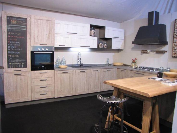 17 migliori immagini su cucina su pinterest grigio for Chiodo arredamenti
