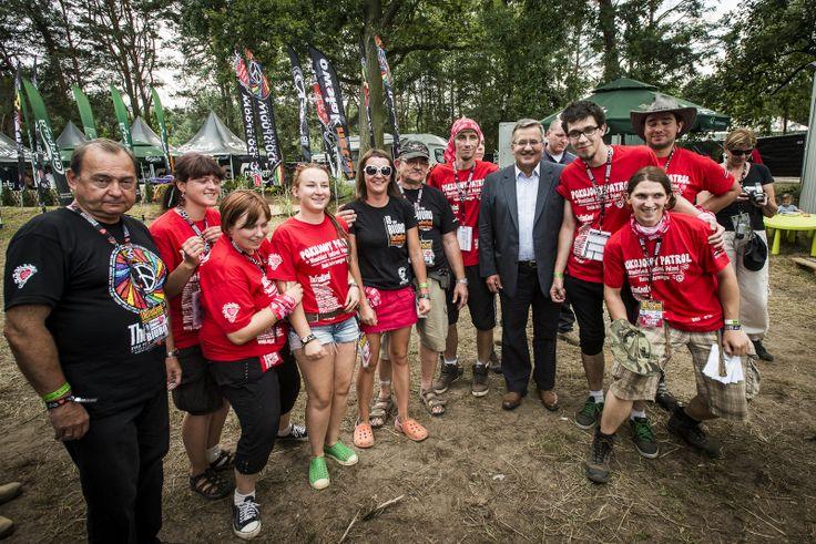 Na festiwalu mamy okazję spotkać niezwykłe osoby! Tutaj jesteśmy na zdjęciu z Prezydentem Bronisławem Komorowskim, który rozpoczynał 18. Przystanek Woodstock. Fot. Łukasz Widziszowski