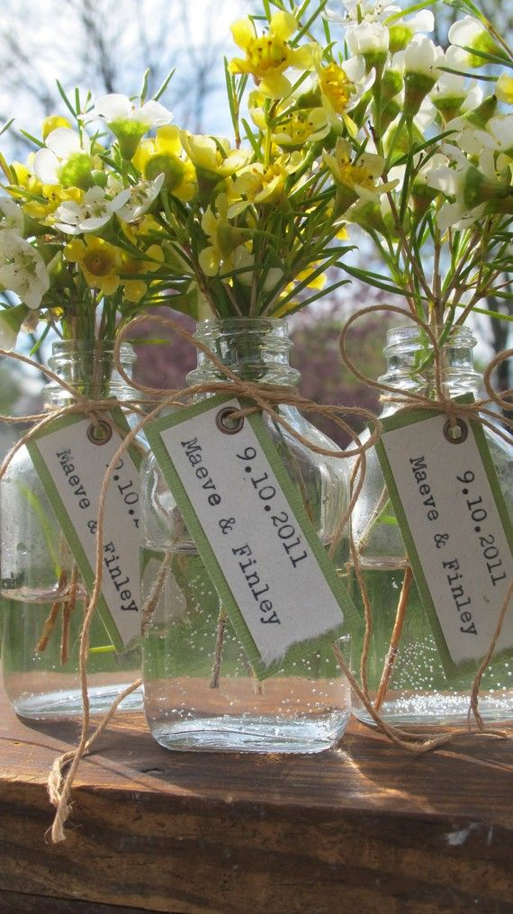 Custom Wedding Favor - Apothecary Bottle + Bride & Groom Names w/ Wedding Date Tag - Rustic. Vintage-Inspired. Natural.
