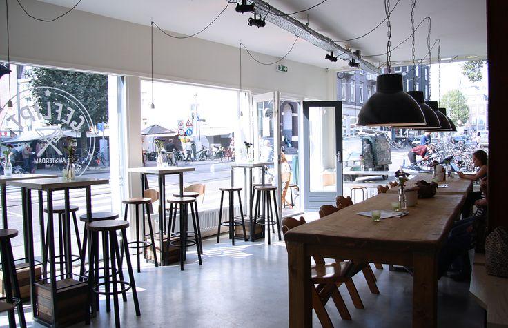 Geflipt Burgers --- Dinner in Amsterdam-Pijp --- Van Woustraat 15 --- 020-4714590 --- Open: every day