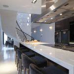 Stunning 60 Fabulous Modern Kitchen Designs https://toparchitecture.net/2017/09/27/60-fabulous-modern-kitchen-designs/