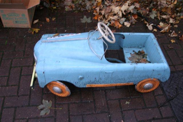 725 best pedal cars images on pinterest pedal cars old. Black Bedroom Furniture Sets. Home Design Ideas
