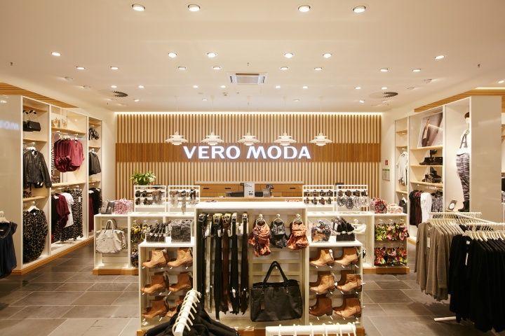 Vero Moda Flagship Store at Alexa Mall by Riis Retail Berlin 06