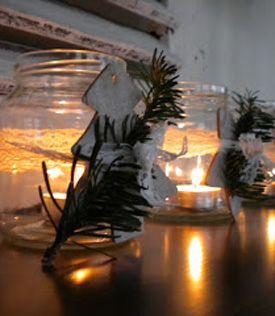 DIY Brocante kerstdecoraties, maak ze zelf! #christmas van: http://www.allesbrocante.nl/themas/kerst/diy-brocante-kerstdecoraties.html
