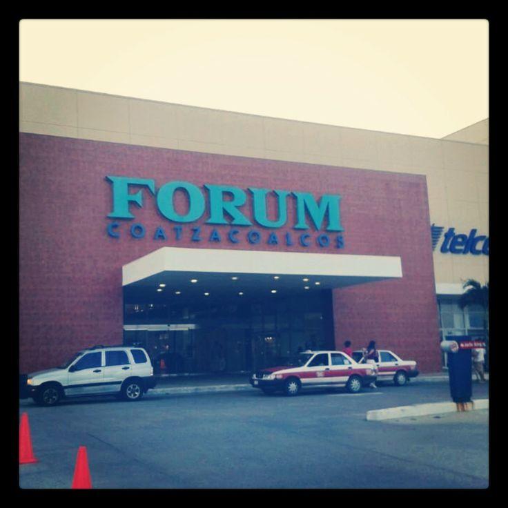 Que tengan un excelente miércoles en #ForumCoatzacoalcos (: ¡Te esperamos!