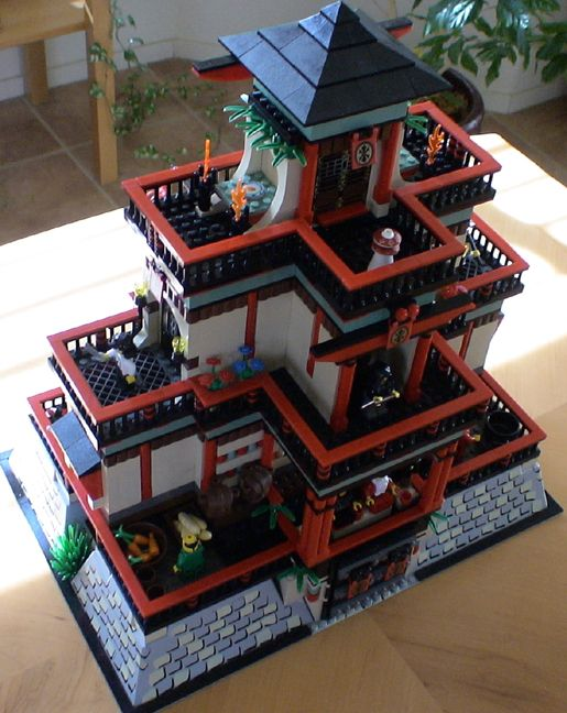 LEGO Dojo - three quarter by sushumna
