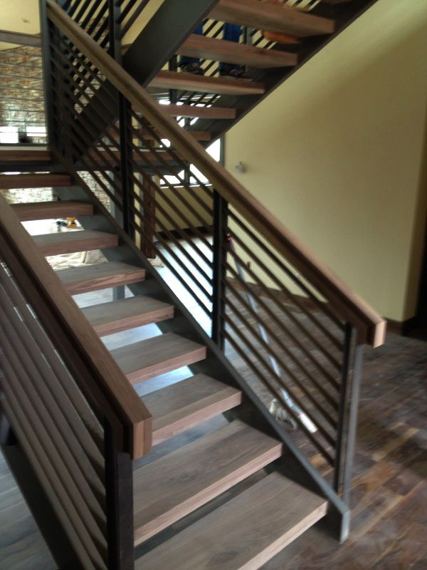 Best Horizontal Metal And Wood Stair Railing Google Search 400 x 300