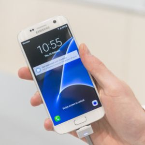 Planning on chasing the January blues away with a new phone? If so, a few providers have deals on the Samsung Galaxy S7 so the January sale is a good chance to get your hands on some stellar tech at a decent price. Released in March 2016, the Samsung Galaxy S7 is just under two years old and...