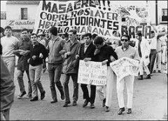 1968: La matanza de Tlatelolco: López Mateos manda a matar protesta de estudiantes  para evitar su presencia en los Juegos Olímpicos de verano celebrados en ese año en México.