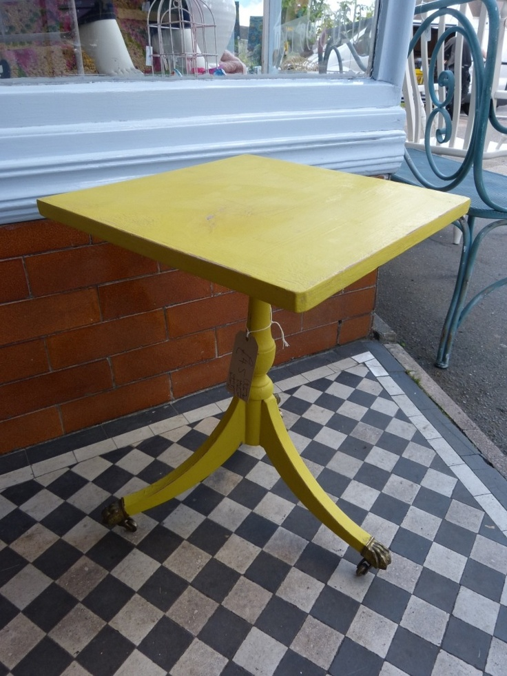 Cute table painted with chalk paint decorative paint in for Yellow painted table