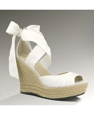 Love it! ...and got it! the most comfortable wedges you can own this summer.