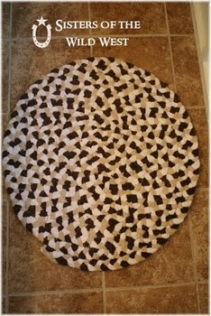 Braided Bath Towel Rug How To! Recycle your old and stained bath towels.